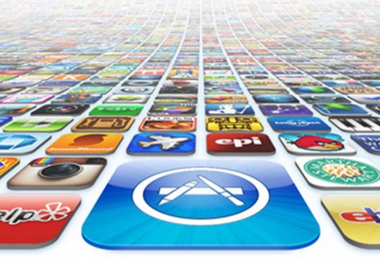 Apple App Reviews: The Pros and the Cons